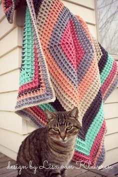 Squared Reversible Waffle Blanket Crochet pattern by Lisa van Klaveren