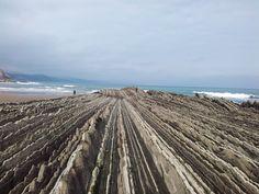 #Playa #Itzurun #Zumaia #Flysch