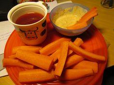 Porkkanaa, dippiä ja mehukeittoa