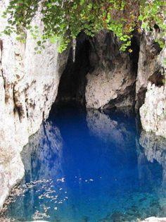 Sinoia/Chinoyi caves