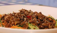 Hoisin Mince Salad : Food : The Home Channel Beef Recipes, Recipies, Cooking Recipes, Fresh Ginger, Lemon Grass, Other Recipes, 4 Ingredients, Salads, Meals