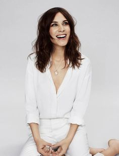Alexa Chung // heart locket, white button down shirt, white cropped pants & nude nails #beauty #wavyhair #hair #style #fashion #spring #celebrity