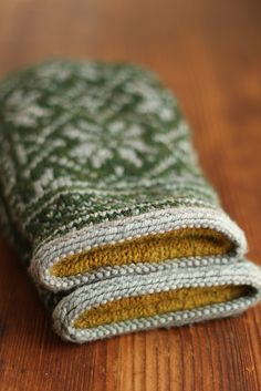 to knit: FrenchPressKnits' Warm Woolens