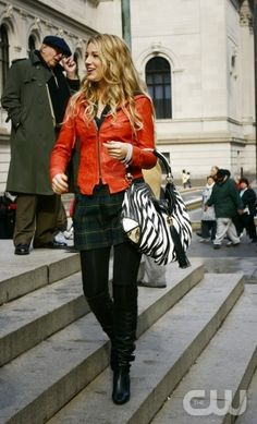 """""""The Thin Line Between Chuck and Nate"""" -- Pictured Blake Lively as Serena in Gossip Girl Fashion Tv, Gossip Girl Fashion, School Fashion, Nerd Fashion, Gossip Girl Serena, Estilo Gossip Girl, Gossip Girls, Blake Lively Family, Blake Lively Style"""