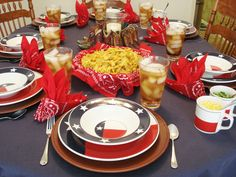 this is my Texas table which I like to do with chili or barbeque...steaks etc...the Texas flag motif dinnerware is accented with a blue denim tablecloth and ... & Totally Today Texas Flag Lone Star Vintage Retired 20 PC Dinnerware ...