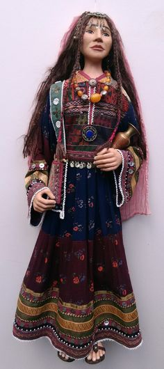 Samira - the Afghan girl(OOAK Character Doll by Helga Pikal) ETSY Helgasartdolls Afghan Girl, Indian Artifacts, Old Dresses, Keith Richards, Traditional Dresses, American Indians, Girl Dolls, Ethnic, Bohemian