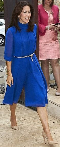 Kate and Mary often dress in similar style dresses or shades - just like these two striking blue outfits