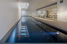 Elegant Modern Mansion in Denmark- The Sanctuary House by Henning Larsen Architects Luxury Swimming Pools, Swimming Pools Backyard, Swimming Pool Designs, Lap Pools, Lap Swimming, Indoor Pools, Langer Pool, Underground Swimming Pool, Inside Pool