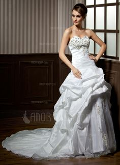 Wedding Dresses - A-Line/Princess Sweetheart Chapel Train Taffeta Organza Wedding Dress With Ruffle Lace Beadwork (002004162)