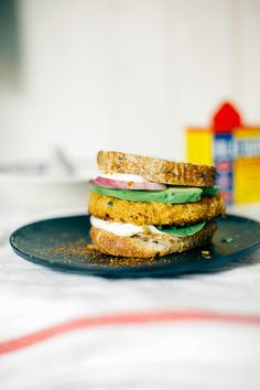 Chickpea burger with cashew mayo. Vegan!