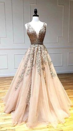 Stunning Prom Dresses, Prom Dresses For Teens, Prom Outfits, Beautiful Prom Dresses, Pretty Dresses, Poofy Prom Dresses, Fancy Wedding Dresses, Ball Gown Dresses, Blush Prom Dress