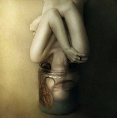Brooke Shaden is a fine art photographer, motivational speaker/educator, and writer. She began creating self-portraits for their ease and to have full control over the images. She has since grown into a self-portrait fine art photographer. Dark Art Photography, Surrealism Photography, Conceptual Photography, Surrealism Art, Mysterious Photography, Creepy Photography, Halloween Photography, Conceptual Art, Artistic Photography