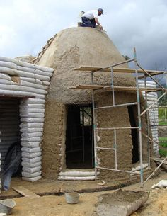 Earthbag Building: La Casa Vergara