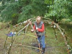 How to construct a sweat lodge
