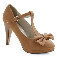 No Need to Spree Heel in Tan ($35) ❤ liked on Polyvore featuring shoes, pumps, heels, bow, sapatos, heels & pumps, ankle strap high heel pumps, bow shoes, high heel pumps and ankle strap platform pumps