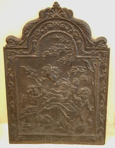 French Fireplace fire back cast iron 1667