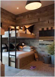 Stacked: 14 Bunk Rooms that Celebrate Form and Function Stacked: Bunk Rooms that Celebrate Form and Function. One of our favorite takes is the chic and modern room by KEN LINSTEADT ARCHITECTS (above), which could comfortably accommodate occupants of any a Bunk Beds For Girls Room, Bunk Bed Rooms, Bunk Beds Built In, Modern Bunk Beds, Bunk Beds With Stairs, Cool Bunk Beds, Kids Bunk Beds, Adult Bunk Beds, Girls Bedroom