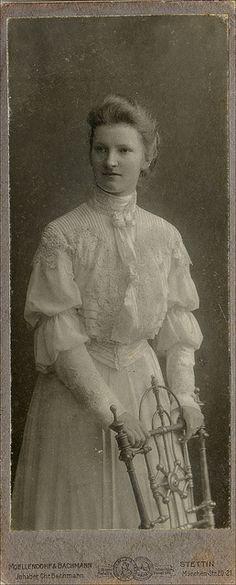 Aterier Moellendorf & Bachman Stettin Szczecin Pommern Pomorze portret kobiety   Flickr - Fotosharing! ca 1890
