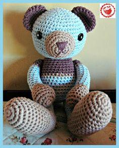 Free pattern link: http://gosyo.co.jp/english/pattern/eHTML/ePDF/1004/amicomo3-34_Amigurumi_Bear.pdf