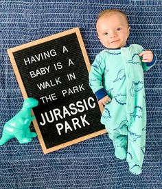 Fantastic baby arrival info are readily available on our internet site. Have a look and you wont be sorry you did. Baby Boys, Milestone Pictures, Monthly Baby Photos, Funny Baby Photos, Cute Baby Boy Pics, Cute Funny Babies, Funny Pictures, Baby Letters, Foto Baby