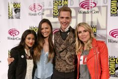 "Seychelle Gabriel, Moon Bloodgood, Doug Jones and Sarah Carter attend the ""Falling Skies"" 2014 TNT Wondercon Panel at the Anaheim Convention Center on April 19, 2014"