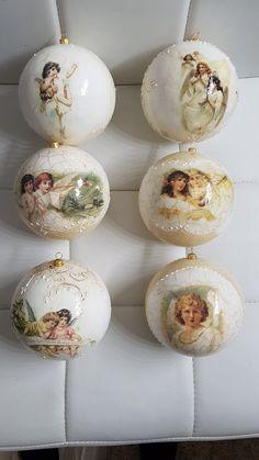 Dekupaz ukrasi Christmas Room, Christmas Balls, Christmas Crafts, Christmas Ornaments, Christmas Decoupage, Xmas Decorations, Beautiful Christmas, Diy And Crafts, Crafty