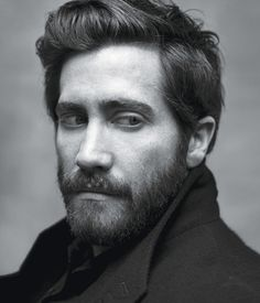 BoxOffice® — Jake Gyllenhaal's Hair: Blessing or Curse?
