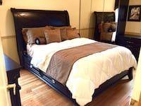 Used ASPEN HOME SLEIGH BED SET ARMOIREDRESSER NIGHTSTAND LAMPS in Beaver Falls