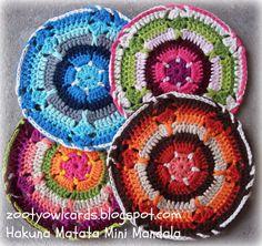 Hakuna Matata Mini Mandala - Free crochet pattern by Zelna Olivier. Crochet Mandala Pattern, Crochet Circles, Crochet Squares, Crochet Patterns, Granny Squares, Crochet Potholders, Crochet Doilies, Crochet Flowers, Thread Crochet