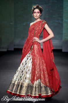 Anju Modi #bridallehenga