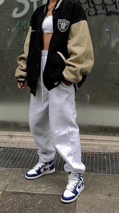 Tomboy Fashion, Teen Fashion Outfits, Retro Outfits, Streetwear Fashion, Vintage Outfits, Girl Outfits, 90s Style Outfits, Girl Streetwear, Streetwear Clothing