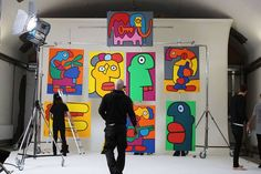 French street artist Thierry Noir is stopping by the East London gallery Howard Griffin to recreate the Berlin Wall, which was his first public canvas. Art Fantaisiste, Fun Art, Cool Art, Thierry Noir, French Street, Berlin Wall, Whimsical Art, Street Artists, Art Forms
