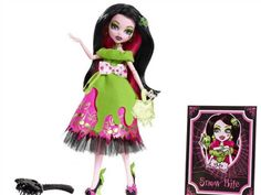 Scarily Ever After (Doll Line) - Draculaura Snow Bite