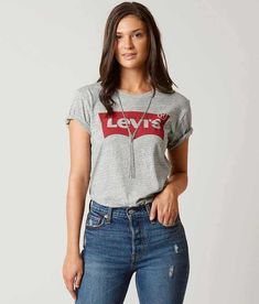 Levi's® The Perfect T-Shirt - Women's T-Shirts in Grey Batwing Shirts For Teens, Outfits For Teens, Trendy Outfits, T Shirts For Women, Fashion Outfits, Clothes For Women, Denim Outfits, Couple Outfits, Denim Fashion
