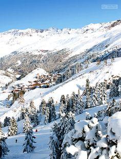 Obergurgl in the middle of the Ötztal Alps in Tyrol, Austria. I Love Winter, Winter Snow, Winter Holiday Destinations, Hotel In Den Bergen, Sky Resort, Best Ski Resorts, Winter Mountain, Ski Vacation, Paisajes