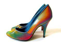 90's Rainbow Lenticular Hologram Pumps // by FeelingVagueVintage