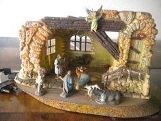 Resultado de imagen para pesebres en madera Portal, Native Art, Nativity, Gingerbread, Projects To Try, Christmas Decorations, House, Crafts, Home Decor