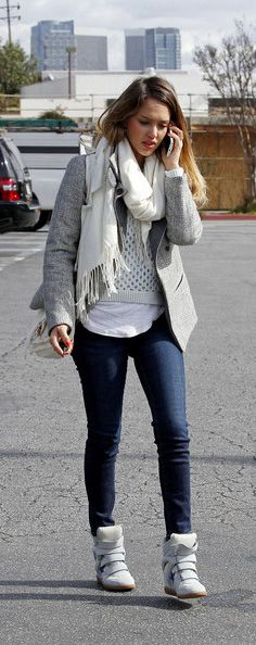 Skinny Jeans Outfits .. Isabel Marant Sneaker