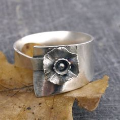 Unique Origianal Sterling Silver flower ring black silver organic ring rustic Modern Silver ring ecofriendly jewelry ring