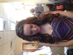 Long loose waves with pinned bangs