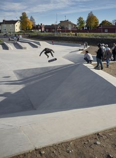 Hyttgardsparken-skating park in sweden / 42architects