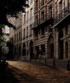 Paris' Montparnasse district in the 14th  arrondissement... enchanting in daylight, but a bit dicey at night!