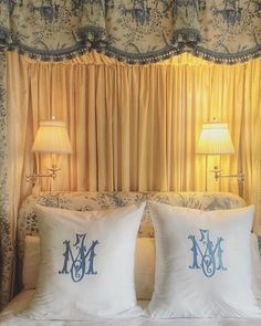 blue-and-white-monogrammed-linens - The Enchanted Home Enchanted Home, White Decor, My New Room, Beautiful Bedrooms, Bedroom Decor, Decor Room, Teen Bedroom, Bedroom Ideas, Wall Decor