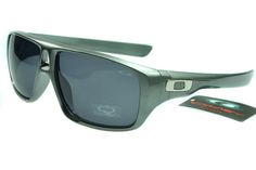 Oakley Active Sunglasses Gray Frame Gray Lens 0035