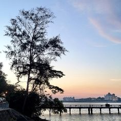 Woodlands Jetty #nofilter #iphone4s #jetty #beach #sg #singapore #nature #sky #woodlands #waterfront #johor #strait #jb #causeway #coast #coastline #sunset #guosheng #guoshengz #causeway #marsiling #admiralty #checkpoint