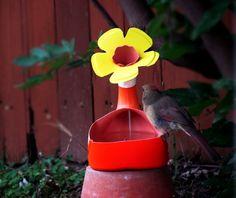 the art bug: Recycled Bird Bath/Water Feeder: Make it Monday