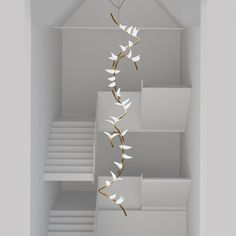 Stunning organic staircase chandelier by The perfect statement lighting installation ⚡️ Entryway Lighting, Home Lighting, Modern Lighting, Lighting Design, Luxury Chandelier, Chandelier Lighting, Chandelier Staircase, Crystal Chandeliers, Light Fittings