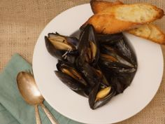 Steamed Mussels with Sour- Mash Ale, Garlic & Kale