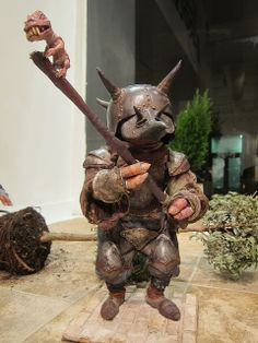 Nippers - Goblin Corps maquette - by Toby Froud, Froud Exhibition @ Animazing Gallery Fantasy Wizard, Fantasy Castle, Fantasy Art, Bowie Labyrinth, Labyrinth Movie, Brian Froud, Magical Creatures, Fantasy Creatures, Labyrinth Goblins