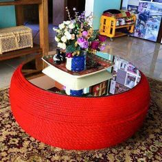 Resultado de imagen para tire table with rope and feet Tire Furniture, Recycled Furniture, Home Crafts, Diy Home Decor, Diy And Crafts, Tyres Recycle, Upcycle, Recycled Tires, Tire Table